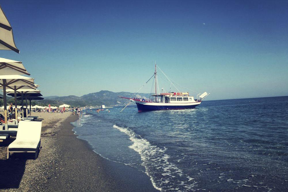Vatera Plajı