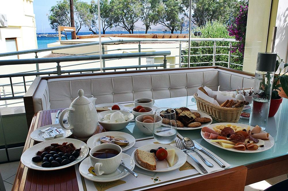 Almiriki'nin kahvaltısı