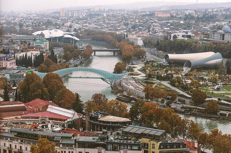 Kimlikle Seyahat Tiflis Gürcistan